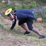 Rasmus fångar bollar galant i hatten-