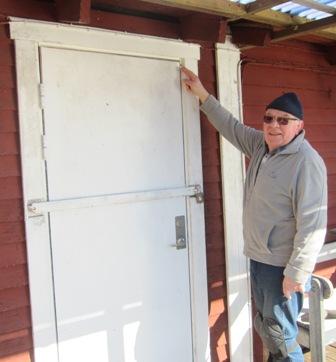 Nöjd hamnkapten kan stänga dörren.
